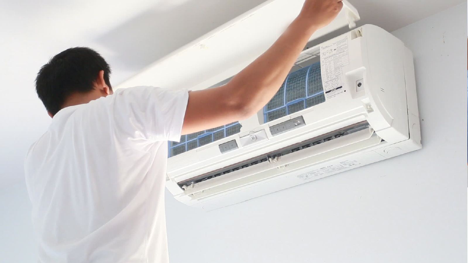 The Best AC Repair & Service Center In Dwarka Delhi Aircon